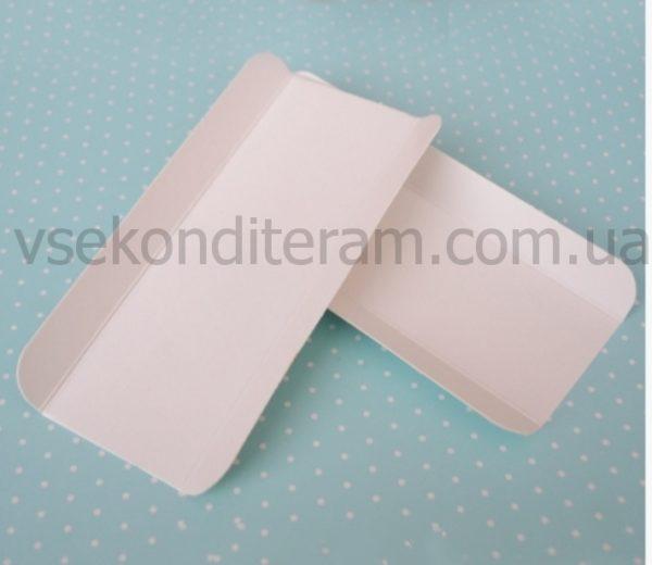 бумажная подложка под эклеры и десерты